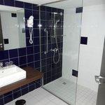 в номере 2 ванные комнаты