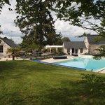 espace piscine et jardin