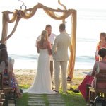 wedding at La Gaviota facing the sea