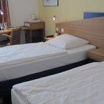 Zweibettzimmer1