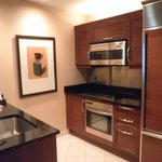 Fully Equipped Kitchen / Breakfast Bar