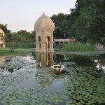 bassin pres du temple