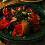 Ensalada de pimiento, berenjena y tomate