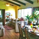 Gay Hawaii B&B  Kalapana Pahoa Great Room