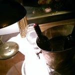 Der  Wein wurde so präsentiert