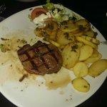 My 8oz sirloin steak med rare was delicious