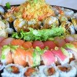 "Sushi & Roll Platter 18"""