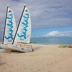 Sail boats and kayaks to use