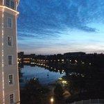 Lago Disney ao amanhecer
