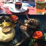 Lamb chops with grilled vegetables