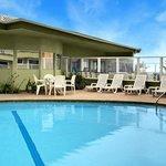 Foto de Surfer Beach Hotel