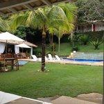 vista piscina,bar y sala de juegos