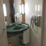bagno: il lavabo e le dotazioni