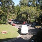 estacionamento frente ao hotel