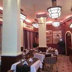 New ArtDeco look Dinner Retro Restaurant