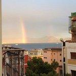 Vista con arcobaleno dal balconcino