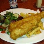 Fish and chips,  muy bueno y generosa ración.