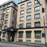 Mark Spenser Hotel