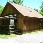 Pinecrest Cabin - Sleeps 4