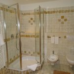 Bagno camere Tirolese