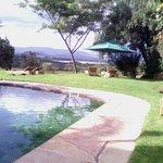 Kiangazi house swimming pool