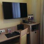 Einzelzimmer mit Flatscreen TV
