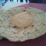 Garlic naan and papadum