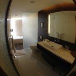 огромная ванная комната