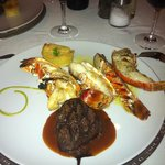 filet mignon et langoustes