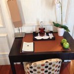 The desk (complimentary Muscat)