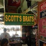Scott also can get personalized Aruba license plates!