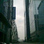 Между башен Москва Сити