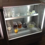 Are new chiller to keep the fruit juice cold and grapefruit , prunes and fresh fruit salads , yo