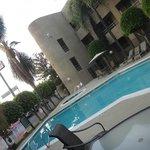 piscina modern