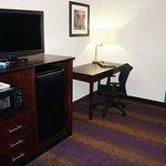 Work Station, Flat Screen TV, Fridge & Mircowave in All Rooms