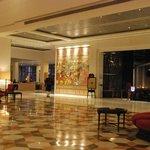 ITC Rajputana - Jaipur - Loby - Vue sur le bar