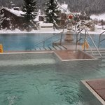 piscine esterne la prima con idromassaggio