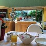 Завтрак с самоваром)