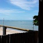 Vista da praia pelo clube do Hotel