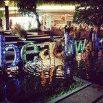 Beachwalk shopping, Kuta