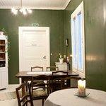 Green breakfast room.