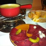 Formage Fondue with dried beef