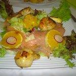 Scallop & Smoked Salmon Salad