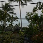 Ausblick vom Balkon am frühen, bewölkten Morgen