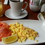 Salmon and scrambled eggs with toast