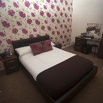 Single room ensuite at Senlac Guest House