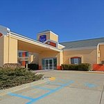 Sleep Inn hotel in Dewitt, MI