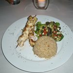 Chicken kebabs with bulgur wheat