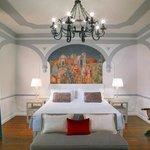 Premium Deluxe Florentine Style Guestroom