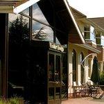Cedar Lodge Hoteland Restaurant Ireland Exterior